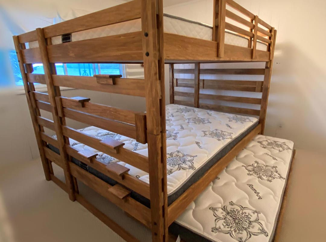 Double Top / Double Bottom Bunk Bed with Single Trundle Bed