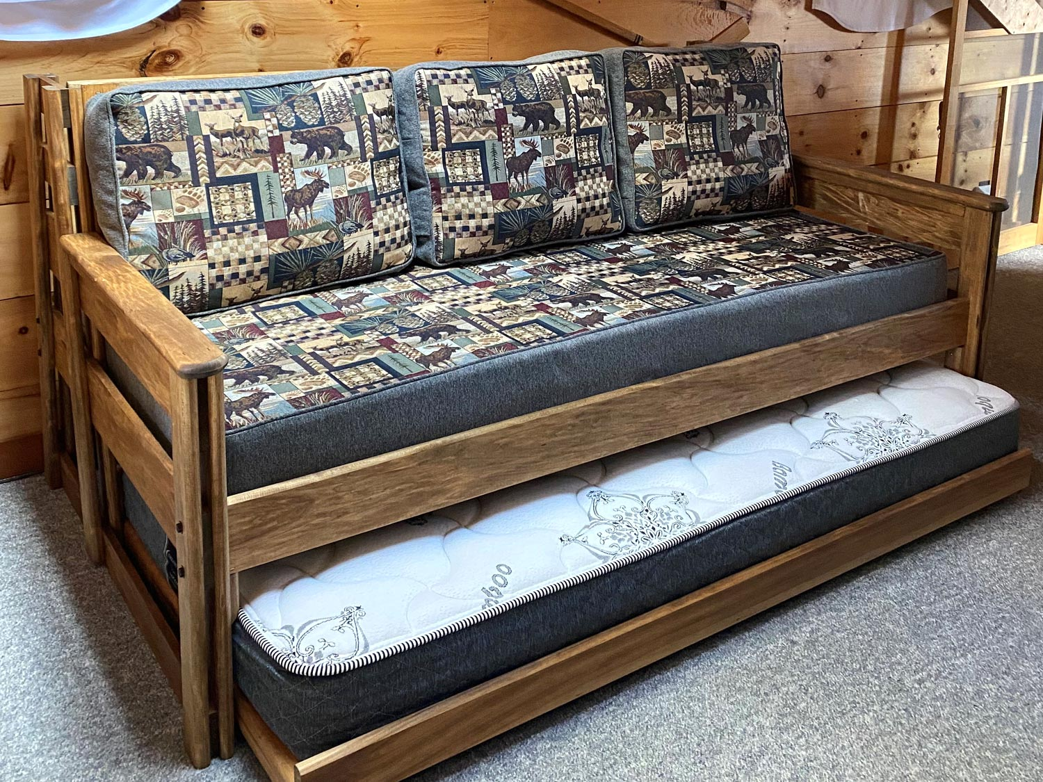 Single Top / Single Bottom Day Bed Converts to Couch